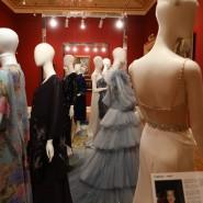 Выставка «Платья с историей» фотографии