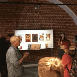 Выставка «Бумажные истории»