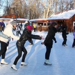 Массовые катания на коньках в Автозаводском районе 2019/20