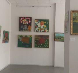 Выставка «Наив…но»